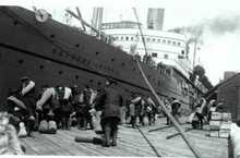 Canadian soldiers boarding the Empress of Russia